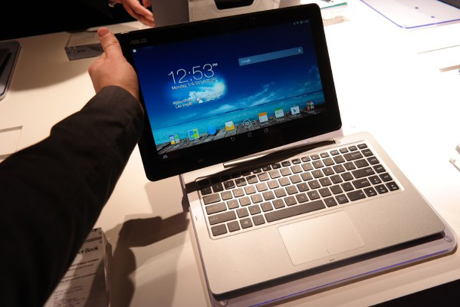 ASUS Transformer Book Duet Runs Both Windows and Android for Work and Play